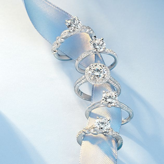 Blue Nile's guide to buying the perfect engagement ring