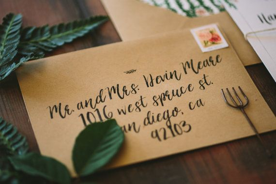 Did you know Wide Eyes Paper Co. offers custom envelope printing ? We can customize the envelope to match the style of your…