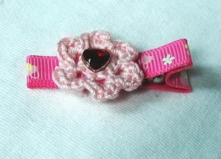 My Goosey Goosey: Pretty Crochet Flower Hair clip
