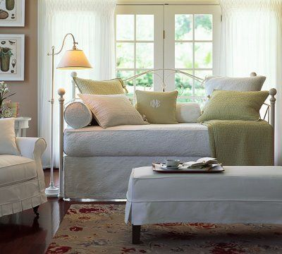 31 Best Daybeds For Small Rooms Images On Pinterest Home