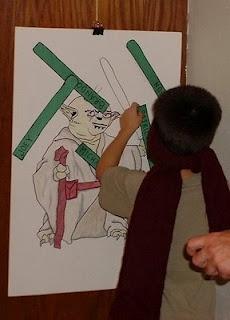 Fun Star Wars party ideas. (Pin the Light saber, Jedi Mission treasure hunt)