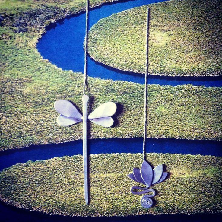 Voglia di leggerezza...orecchini libellula e fiore di loto.  #wadada #jewelry #jewellery #bijoux #gioielli #handmade #madeinitaly #fattoamano #metalwork #instafashion #instastyles #love #instagood #follow #picoftheday #cute #accessories #silver #argento #orecchini #earrings #libellula #dragonfly #lotus #loto #flower #boho