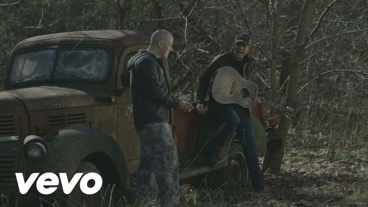 Bubba Sparxxx - Right ft. Rodney Atkins