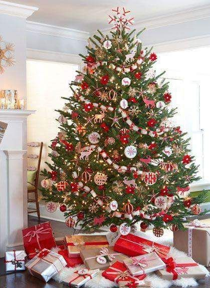 7 best Xmas house images on Pinterest Ad home, Cabin kitchens and