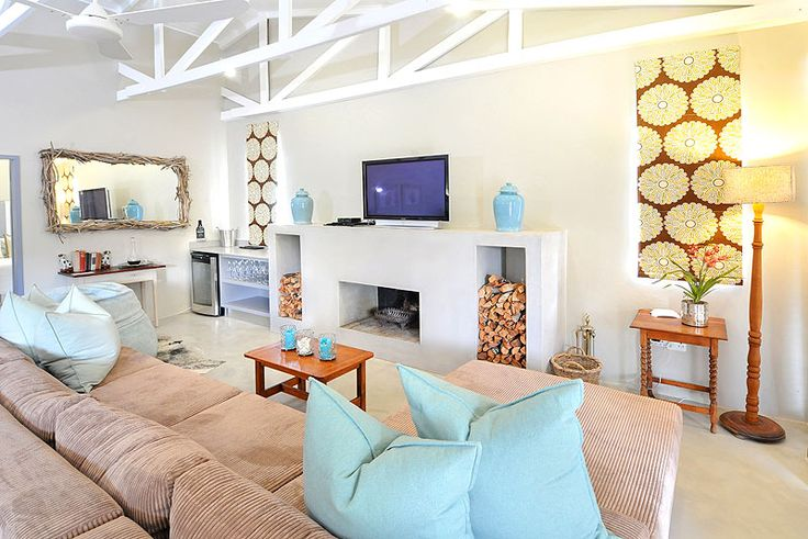 Driftwood Self Catering House in Kenton-on-Sea, Eastern Cape Click to see more http://www.wheretostay.co.za/driftwood-self-catering-accommodation-kenton-on-sea-eastern-cape  Stylish and Chic family-friendly self catering accommodation with 4 bedrooms sleeping up to 10 people. Fantastic indoor/outdoor entertainment and barbeque area. Open-plan interior is relaxed and cool, perfect for seaside living. Large flat screen TV with Satellite DSTV and Wi-Fi access. Kenton-on-Sea is 1 hour 15 mins…