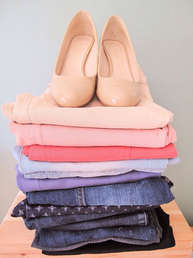 Maybe I do own too many jeans | mebianxi #jeans #colouredjeans #coloredjeans