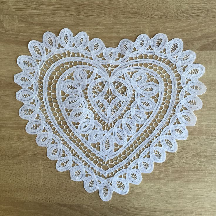 Sheer romance for night stands and vanities is so ethereal and feminine with this Battenburg Lace heart shape doily. Add a special touch to your wedding banquet. Our Battenburg Design is perfect for a