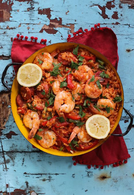 PRAWN & CHORIZO PAELLA. If you have never made paella, now's your chance. We combine fresh, cleaned Aussie prawns from De Costi, smoky chorizo and seasonal veg to make a wonderful dish everyone will enjoy.  40 Minutes. Super Easy.