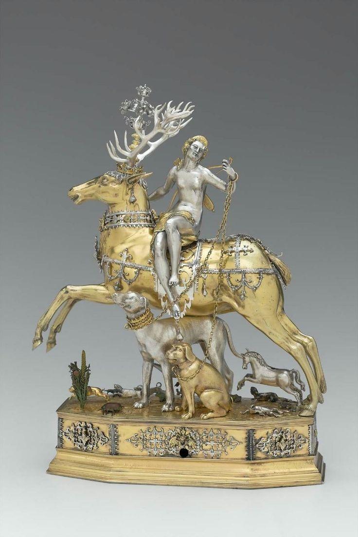Enjoy a medieval romance in Golden Goddess slot