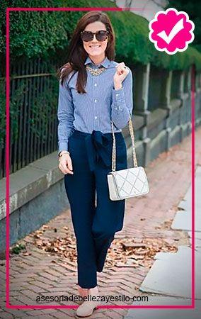 pantalón azul marino outfit - como combinar un pantalón azul marino mujer 47ae479ca73d