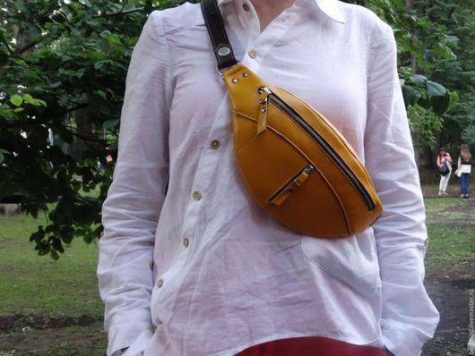 Женские сумки ручной работы. Заказать Сумка на пояс кожаная  фуксия, бирюзовая. BegiMod. Ярмарка Мастеров. Женская сумка