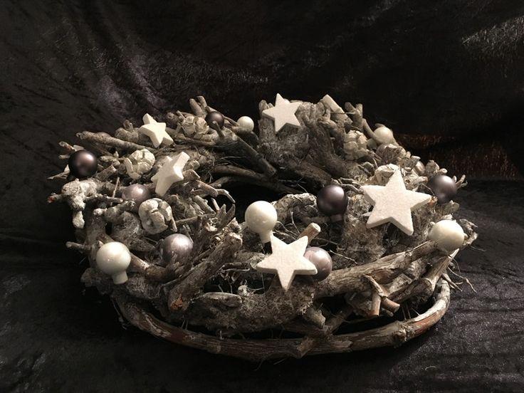 25 einzigartige holzkranz ideen auf pinterest advent - Dekoration winterzauber ...