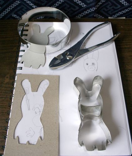 COOKIE CUTTER DIY    Oh and RABBIDS XD