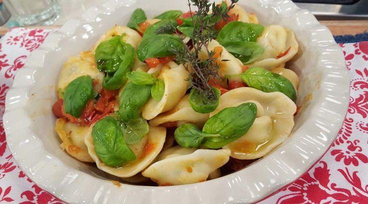Agnollotis con salsa de tomates asados por José María Muscari