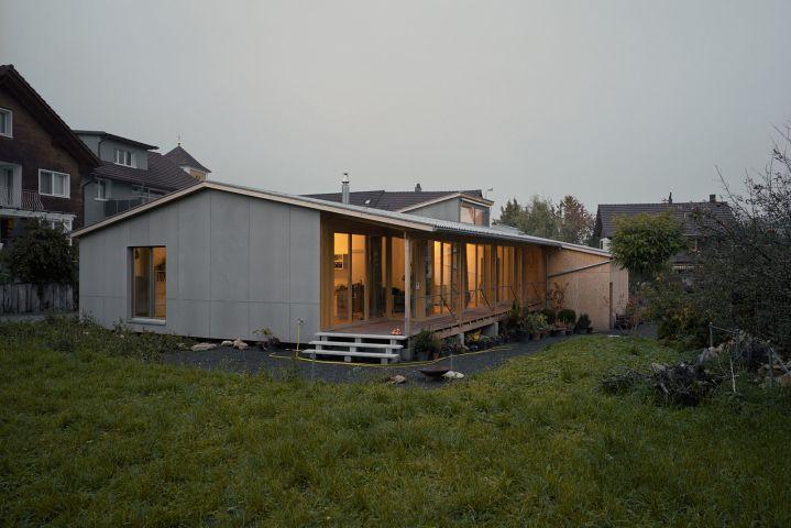 Gärtnerhaus   EDELAAR MOSAYEBI INDERBITZIN