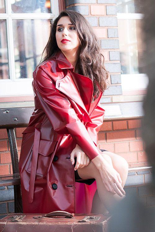 KEMO Cyberfashion Onlineshop für Mode und Regenkleidung aus PVC-RA74 - PU Trenchcoat lang