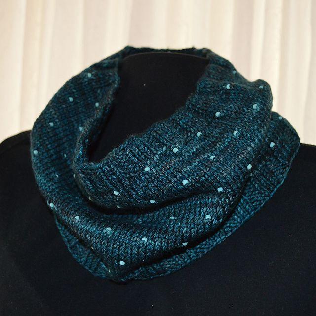 238 Best Knit Cowls Images On Pinterest Cowl Scarf Filet Crochet