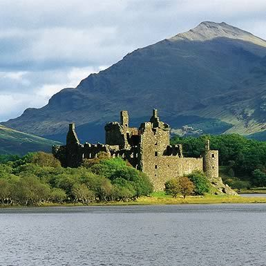 Discover Scotland Tours are an award winning company that provide coach tours from Glasgow to Oban, Western Highlands, Lochs, Castles & Glencoe.
