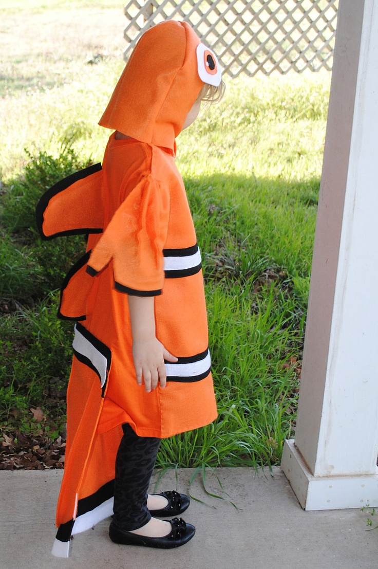 26 best verkleden images on pinterest costume ideas for Clown fish costume