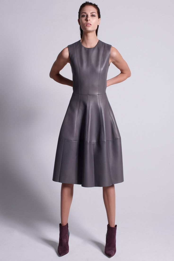 http://www.style.com/slideshows/fashion-shows/pre-fall-2015/j-mendel/collection/6