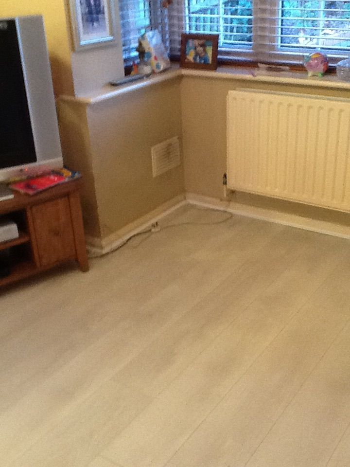 White Ash laminate flooring. www.ppmsltd.co.uk