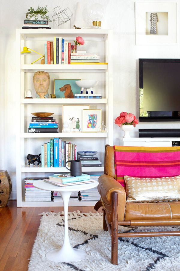 #westElm ffeatures their #bookcase #shelving in Emily Hendersons #livingroom #HomeDecor #InteriorDesign reveal! #furniture #furnishings #cabinet #storage #organize