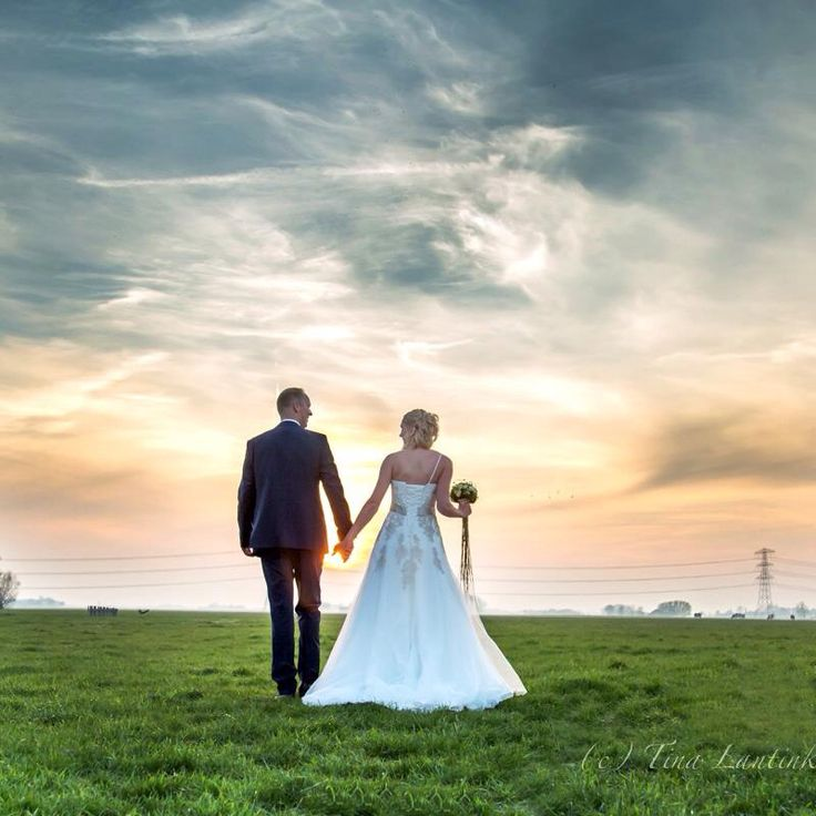 Trouwen, wedding, bruidspaar, zonsondergang