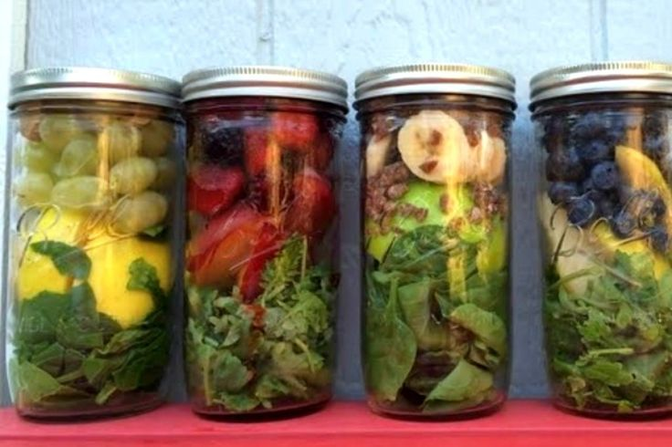 How to Make Smoothie Prep Jars to Save Time | One Green Planet