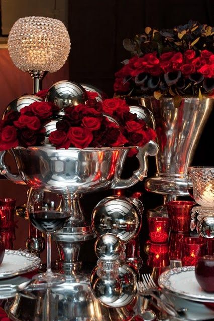 heres a creatively dark halloween wedding centerpiece red black and silver