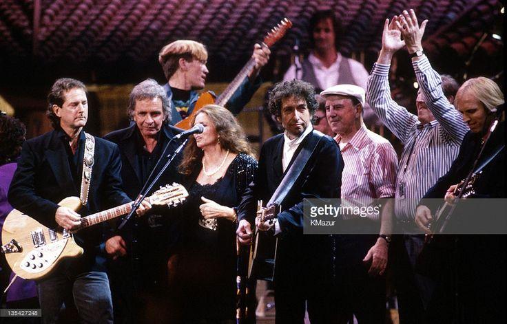 Roger McGuinn, Johnny Cash, June Carter Cash, Bob Dylan and friends
