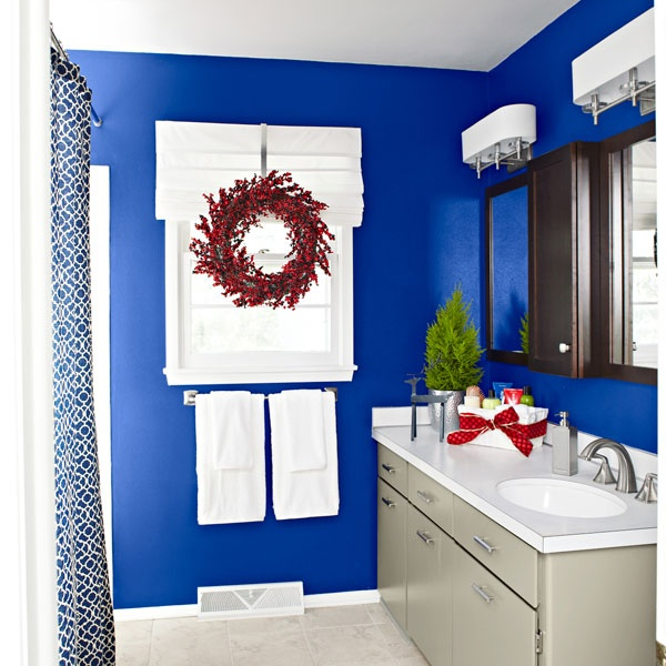 Best 25 royal blue curtains ideas on pinterest - Cobalt blue bathroom accessories ...