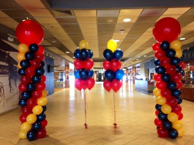 #Columns are great for #entrances or framing #stages! #balloonarches #ballooncolumns  #balloontrees #corporateevents #companyparty #eventstoronto #ballooncorporateevents #themedevents