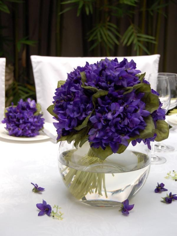 Purple Flowers In Clear Vase Shades Of Purple Pinterest Violets Flower And Flowers
