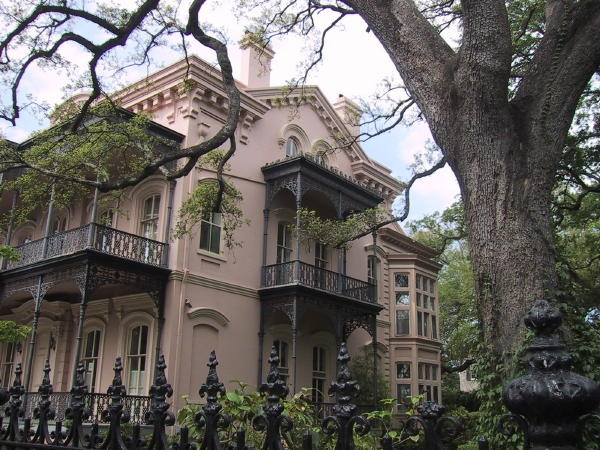 Garden district new orleans crescent city pinterest Garden district new orleans