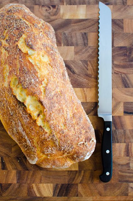 """No-Knead Homemade Bread: """"What draws me to this bread so much is its crunchy, crackling crust on the outside and the soft, fluffy crumb on the inside.  It reminds me of a good ciabatta bread.""""~blogger"""