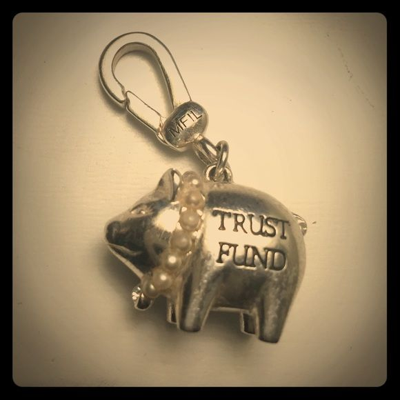 My Flat In London Charm My favorite, the Trust Fund Piggy! Adorable!! My Flat In London Jewelry