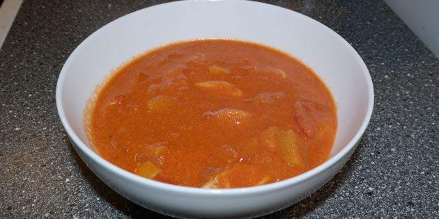 Kylling og karry suppe