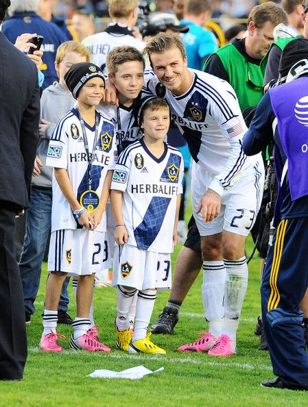 David Beckham celebrates his last game with the LA Galaxy with his kids Romeo, Cruz and Brooklyn