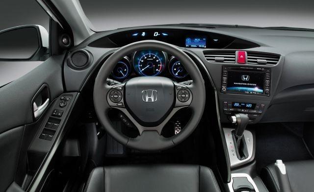 2018 Honda Civic Hybrid interior