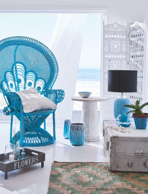 Ein ausgefallener, geflochtener Sessel in Blau * Geflochtene Möbel * impressionen.de