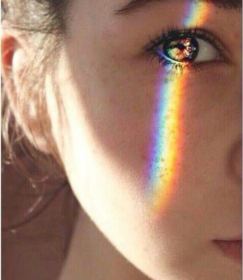 rainbow light on face - Google-keresés