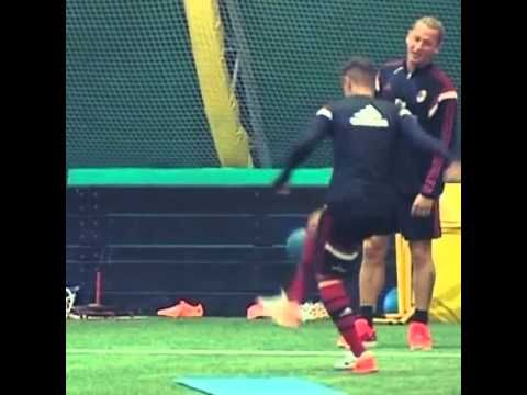 Fighting Skill Stephan El Shaarawy with Hachim Mastour