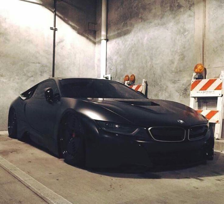 BMW i8 black