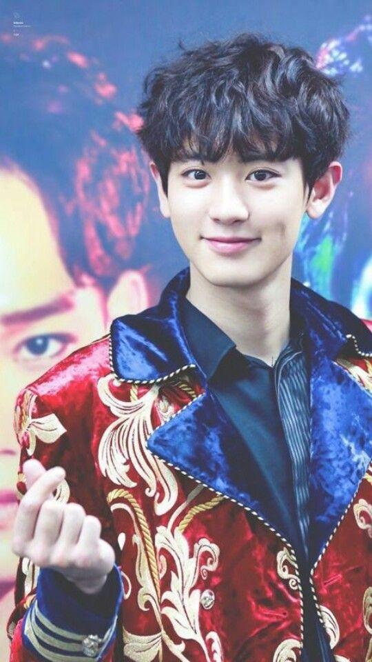 Chanyeol Of Exo Wallpaper Chanyeol Exo Wallpaper Kpop