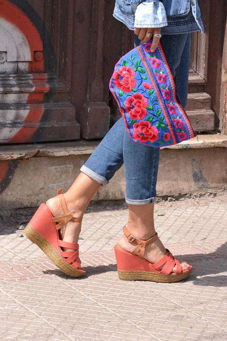 Sandalia alta color sandía