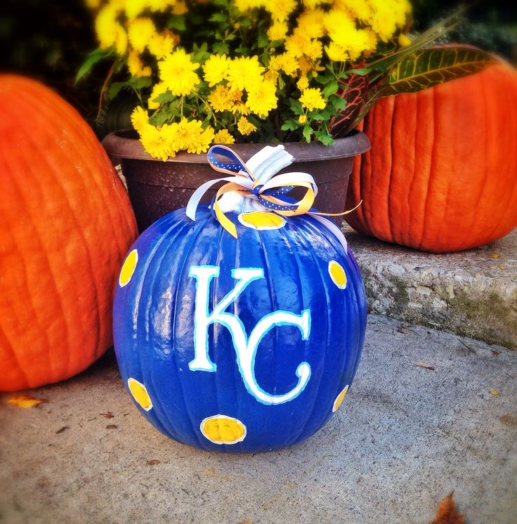 Kansas City Royals painted pumpkin!