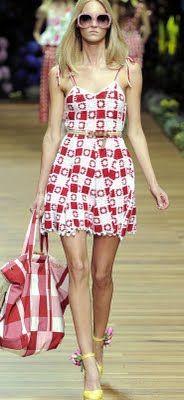 "cutest ""granny square "" I ever saw...bandana red & white !"