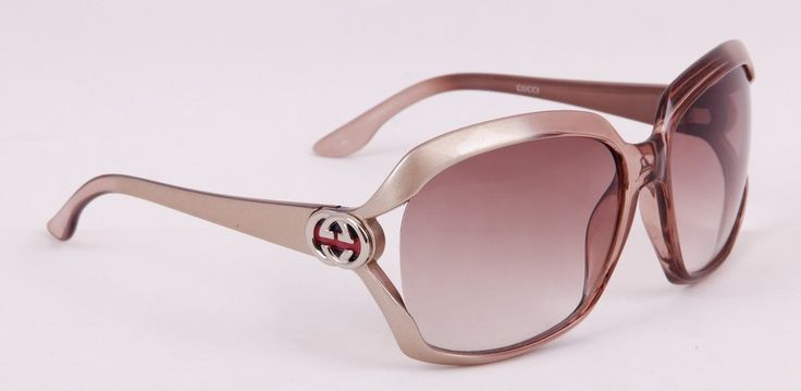 Очки Gucci (Гуччи) в оригинальной упаковке, серебристый цвет оправы #19703 !! Последняя распродажа модели !! Продаётся с большой скидкой !! !! Отличное качество и низкая цена !!