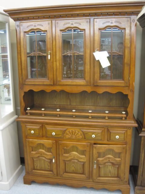 56 X 19 80 Solid Oak China Hutch Top Has 2 Doors W