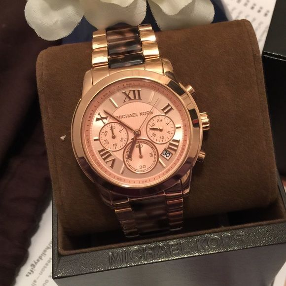6a85da47b70f NWT MK6155 Cooper Tortoise-shell Rosegold watch Authentic Michael Kors watch.  Rose gold-plated stainless steel case and rosegold brac…